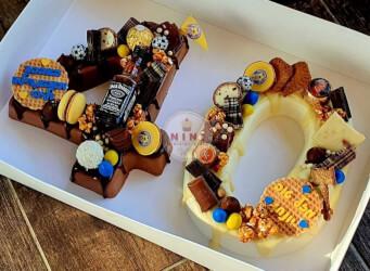 עוגת מוס מספרים 40 -  מוס שוקולד חלב ומוס שוקולד לבן וגנאש