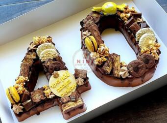 חדש!, עוגת מוס 40 - מוס שוקולד מריר עם גנאש ופיצוץ של שוקולד (ניתן להזמין בטעמים שונים)